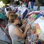 Puertollano: Cuatrocientas encajeras (y un hombre) hacen de la tradición un arte