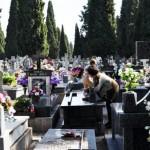 Los vecinos reparten críticas y elogios sobre el estado del cementerio tras la visita de la alcaldesa para supervisar las últimas obras de accesibilidad