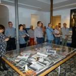 Manzanares recuerda a Manuel Piña con figurines inéditos del legado del diseñador