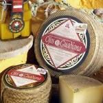 La Cofradía del Queso Manchego otorga el premio al mejor queso artesano curado a Ojos del Guadiana, de Daimiel