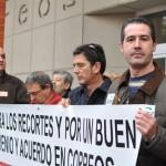 """Los trabajadores de Correos 'certifican' el deterioro del servicio y las condiciones laborales """"debido a la política de recortes"""""""
