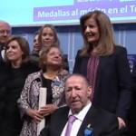 Ciudad Real y Puertollano, hermanadas por dos genios: Cristina García Rodero y Vicente Calatayud reciben la medalla de oro al Mérito en el Trabajo