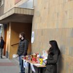 Recogida de alimentos y productos de higiene en el Colegio Hermano Gárate