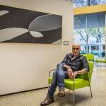 Javier Arenas descompone el universo social en pinceladas de materia