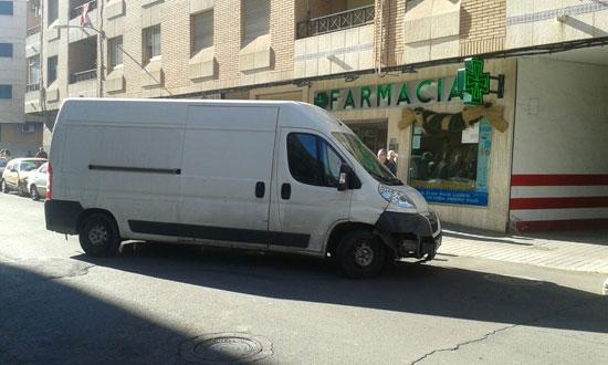 furgoneta-calle-pedrera-01