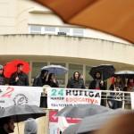 La lluvia desluce la manifestación de una «exitosa» huelga contra el 3+2