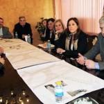 Ciudad Real: Rosa Romero presenta a vecinos y comerciantes el anteproyecto de arreglo de la Plaza Cervantes
