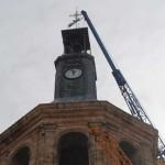 Valdepeñas: El balconcillo y veleta ya coronan la Iglesia de la Asunción