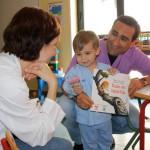 'Rabo de lagartija' lleva la magia de la lectura a los niños ingresados en el Hospital Mancha Centro