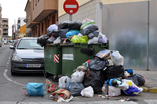 basura-calle-quevedo-02