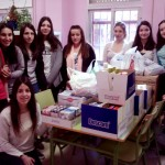 Alumnos del IES Francisco Nieva recogen más de 120 kilos de alimentos para Cruz Roja Española