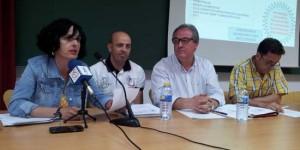 Herminio Sobrino, segundo por la derecha, durante una de las asambleas del club, acompañado por la junta directiva.