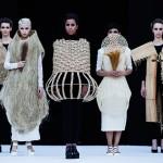 Laura Medina emparenta urbanismo y moda en su debut sobre la pasarela