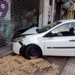 Puertollano: Da positivo en alcoholemia tras empotrar su vehículo contra una tienda