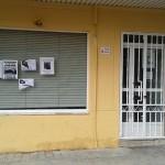 Pegan carteles antitaurinos en la sede del PSOE de Ciudad Real