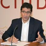 La Diputación se compromete a habilitar una partida económica para apoyar a los ayuntamientos que acojan refugiados