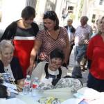 Puertollano: Las encajeras revolucionan el paseo