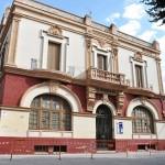 Medidas de seguridad en La Ferroviaria: Estudian instalar una red protectora y retirar los elementos ornamentales de la fachada