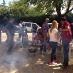 Fiestas de La Poblachuela: Migas entre amigos para reponer fuerzas