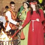 La multitudinaria 'procesión de las antorchas' abre las Jornadas Medievales en Manzanares