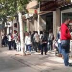 Puertollano: La larga cola para conseguir trabajo como dependienta