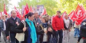 La alcaldesa de Puertollano, Mayte Fernández, durante una de las manifestaciones de apoyo a los trabajadores de Elcogas
