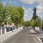 Trasladan al hospital a un niño atropellado en un paso de peatones de la calle Encinas