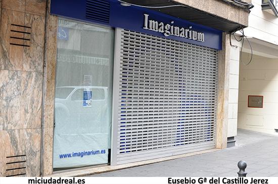 Imaginarium cierra en ciudad real for Puerta imaginarium