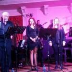 Las canciones más reivindicativas de Javier Segovia se escucharon en el Antiguo Casino