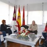 Los alcaldes pedáneos trasladan a Pilar Zamora las necesidades de los anejos