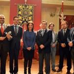 """Pilar Zamora entrega la """"Rosa de Pasión"""" de SER Ciudad Real a la Hermandad del Prendimiento"""