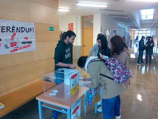 referendum-estudiantil-2