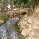Valdepeñas: Martín firma las escrituras de los terrenos que ampliarán en 13.000 metros el paraje de El Peral