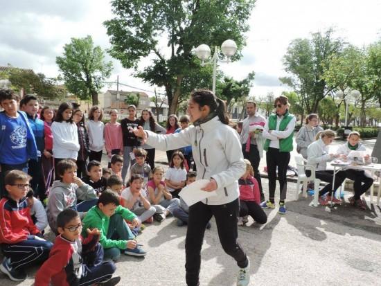 13-05-16 Orientación Colegio Altagracia (5)