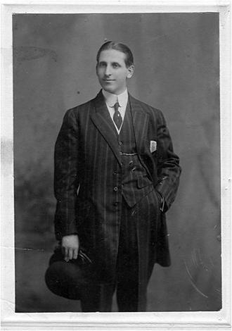 Mónico Sánchez en Nueva York(Familia Sánchez)