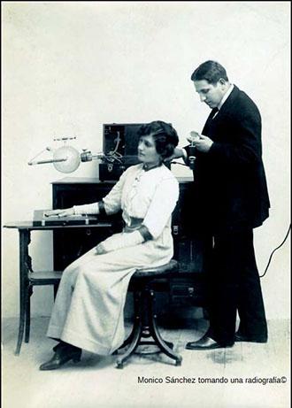 Mónico Sánchez y paciente