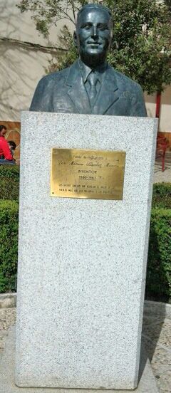 Busto de Mónico Sánchez en Piedrabuena