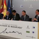 """El presidente García-Page pide que los Premios 'Salvador de Madariaga' sirvan para generar la idea de que Europa """"la hacemos entre todos"""""""