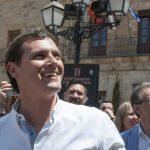 """Rivera ironiza con que el crowdfunding de Unidos Podemos sea """"deberle 14 millones a los bancos y financiarse a través de Venezuela"""""""