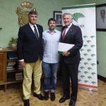 El Colegio de Médicos de Ciudad Real entrega su primer premio MIR al doctor José Luis Bertelli