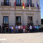 Minuto de silencio en Alcázar de San Juan por el atentado de Niza