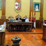 """Martín critica el """"cinismo"""" del PP e IU-Ganemos al abstenerse en la votación de la oferta de empleo público"""