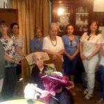 El Ayuntamiento de Villarrubia de los Ojos celebró el Día del Abuelo con el homenaje a una estanquera centenaria