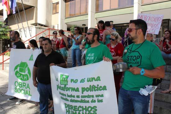 Pah puertollano se concentrar ante la oficina de ibercaja for Oficinas de ibercaja