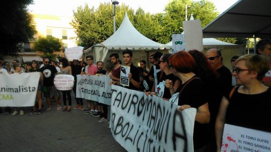 manifestacion antitaurina 2