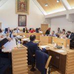 El Ayuntamiento busca alternativas para que los vecinos no tengan que esperar a la finalización del pleno para intervenir