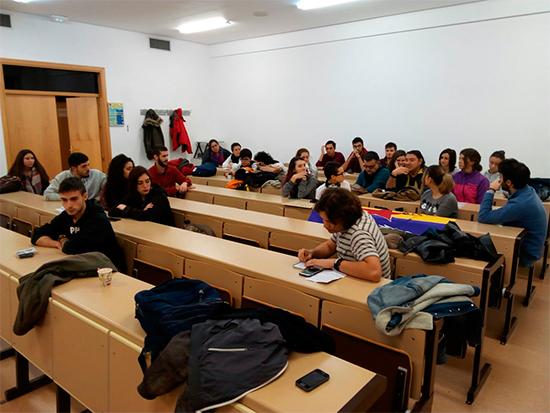 asamblea-colectivo-estudiantil-1