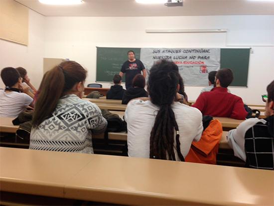 asamblea-colectivo-estudiantil-2