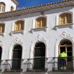 """Manzanares: La casa """"Josito"""" recupera ventanas y balcones similares a los originales"""
