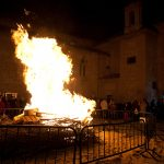 Hogueras y caridades: Todo listo para celebrar San Antón